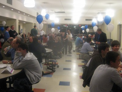 Soccer Team Holds 5th Annual Quiz Night