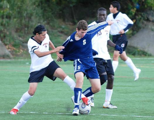 Staples Boys Soccer Remains Unbeaten