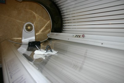 It's Electric: Tanning Trend Engenders Health Concerns