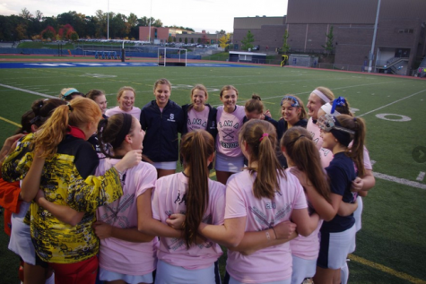Field Hockey seniors fight hard but fall short