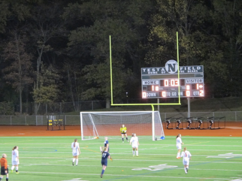 Staples boys' soccer slides into FCIACS