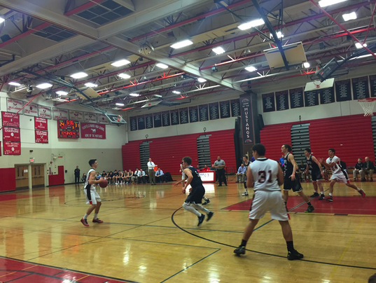 Staples loses momentum in final minutes, falls to Warde