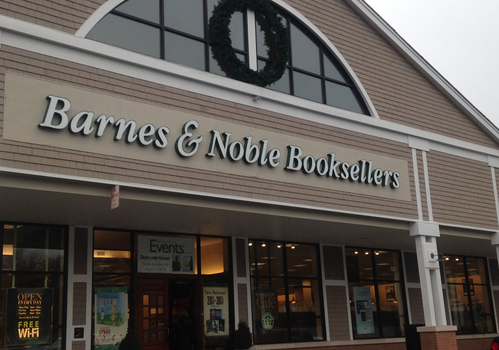 Situated in the same plaza as Angelinas Pizza, Barnes and Nobles is an ideal location for students at Staples to complete their homework and study.