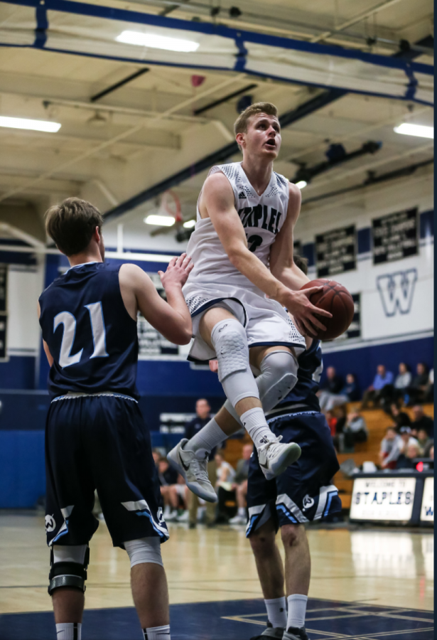 Staples+boys%27+basketball+vs.+Wilton