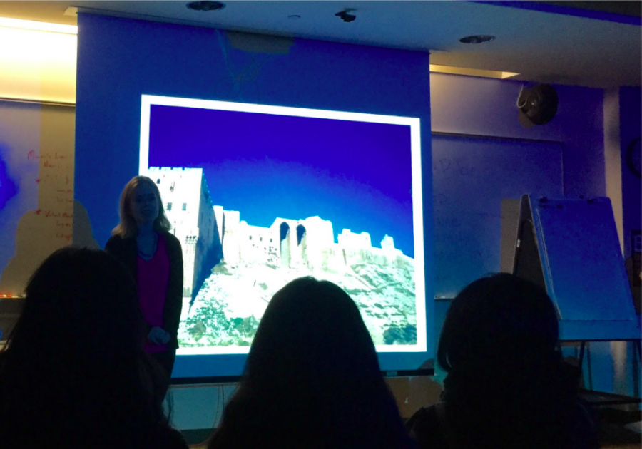 Staples+alum+Megan+Laney+speaks+about+her+experience+studying+abroad+at+the+University+of+Aleppo+in+early+2011+alongside+a+presentation+of+the+photos+she+took+while+there.+