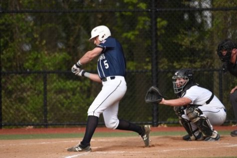 Casparius breaks Staples Baseball career hitting record
