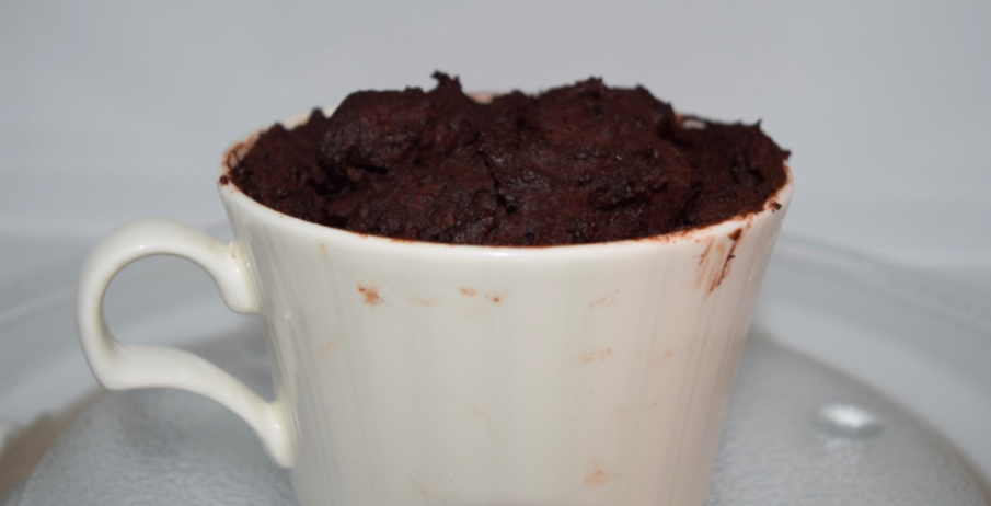 Brownies with a twist: two ways to make a brownie in a cup