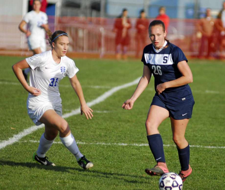 Girls' soccer to compete for FCIAC championship