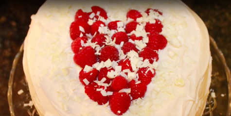 Valentine's Day Baking: A cake filled with love