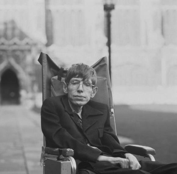 Esteemed physicist, Stephen Hawking, dies at 76