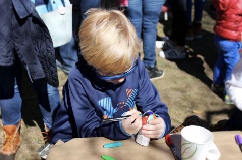 """Wakeman Town Farm's """"EGGstravaganza"""" celebrates Easter"""