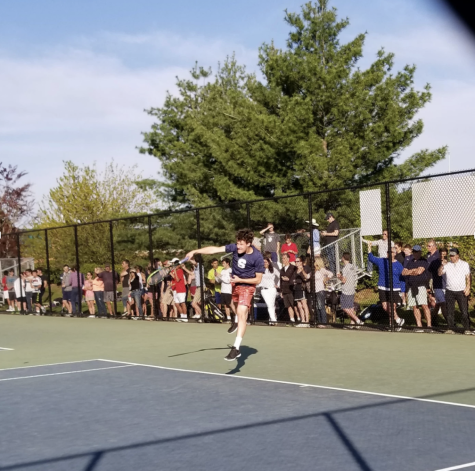 Boys' tennis clinches 50th straight victory