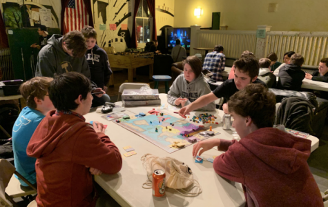 "Toquet Hall arranges ""Game Night"""