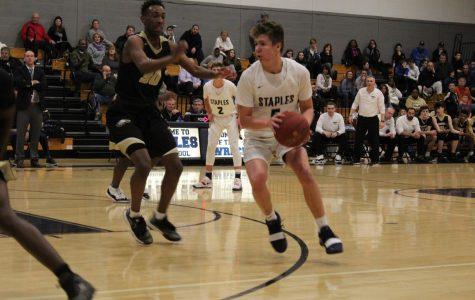 Wreckers' basketball falls to Golden Eagles
