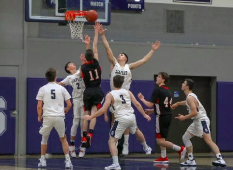 Boys' basketball heads into the new season with high spirits