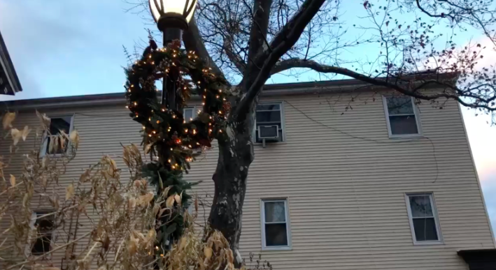 Downtown+Westport+prepares+for+the+holidays+with+lights+and+wreaths.+Businesses+such+as+Anthropologie+take+their+decorations+very+seriously%2C++covering+the+area+around+their+front+door+with+an+array+of+ornaments.+
