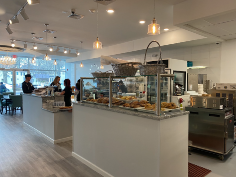 Chez 180, located at 180 Post Road East, is Westports new bakery, serving a wide variety of pastries and other treats. Croissants and cookies are on display.