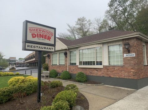 Sherwood dinner is one of many restaurants in Westport offering curbside pickup by utilizing one its smaller parking lot for pickup.