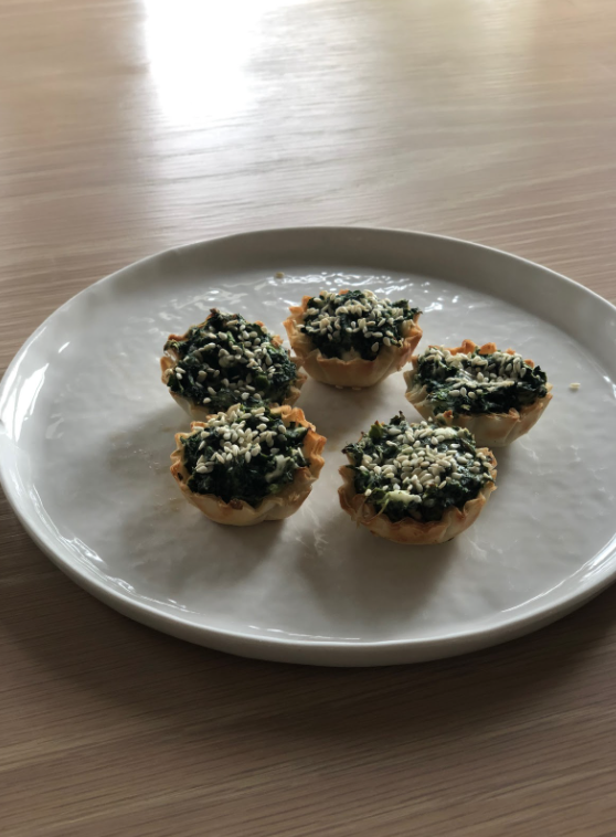 Spinach+cupcakes+serve+to+be+a+healthy%2C+quick+and+easy+snack+for+afterschool.+