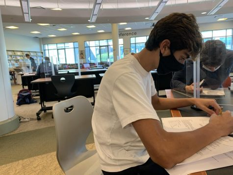 Enzo Valadares '21 is one of the many students at staples highschool who struggles with focusing while wearing a mask. Not only was the ACT challenging, but he finds school to be more difficult. Sitting through four 80-minute classes a day with few to no mask breaks is tough for him.