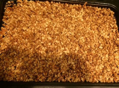 Granola is a healthy, easy snack for anyday! Stay full and healthy after eating the six ingredient granola recipe that can be used in cereal, on its own and in many other creative ways.