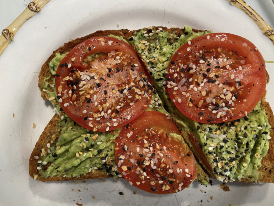Avocado+toast+serves+as+a+perfect+meal+to+fuel+your+body+with+nutrients+and+satisfy+your+tastebuds.+
