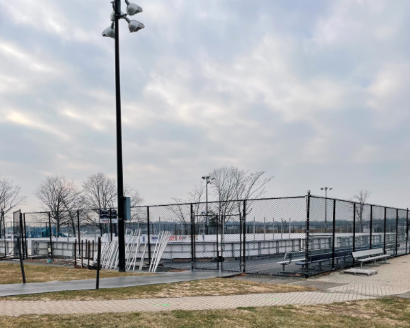 The Longshore ice rink remains closed to the public for open skating but still allows for private lessons. This decision will be reevaluated by Governor Lamont on Jan 19.