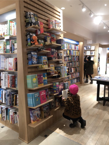 New Barnes & Noble brightens up Westport
