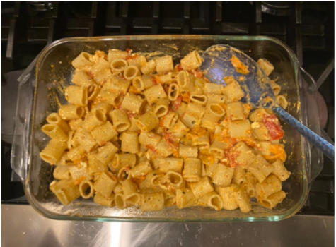 The viral feta pasta Tik Tok trend is easy to make and delicious. Requiring only a few ingredients, individuals can enjoy a flavorful meal with family and friends.