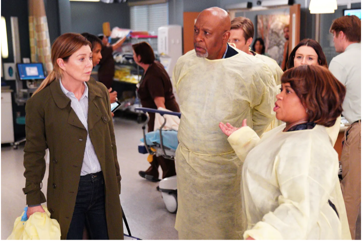 Only three out of the nine original regulars have been present in all 17 seasons. The original regulars are Meredith Grey, the lead character, Richard Webber and Miranda Bailey, all general surgeons.
