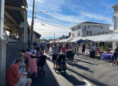 The Slice of Saugatuck Festival is the perfect way to spend a beautiful fall afternoon with family and friends.