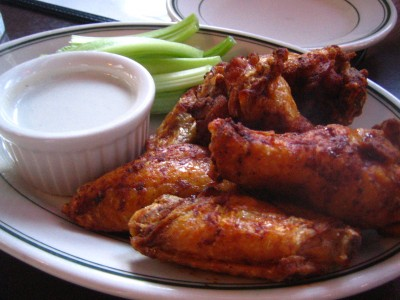 Hot Wings: The Buffalo Wing Review