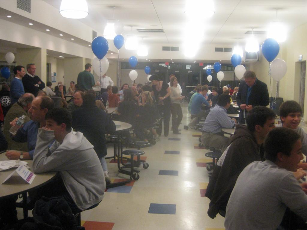 Soccer+Team+Holds+5th+Annual+Quiz+Night