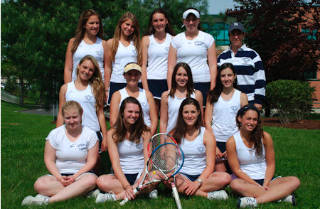 The 2009 team poses for a picture. | Photo courtesy of staplesgirlstennis.com