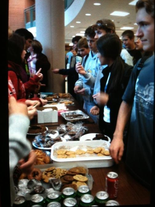 Oct. 9, 2012   Students Donate to Best Buddies