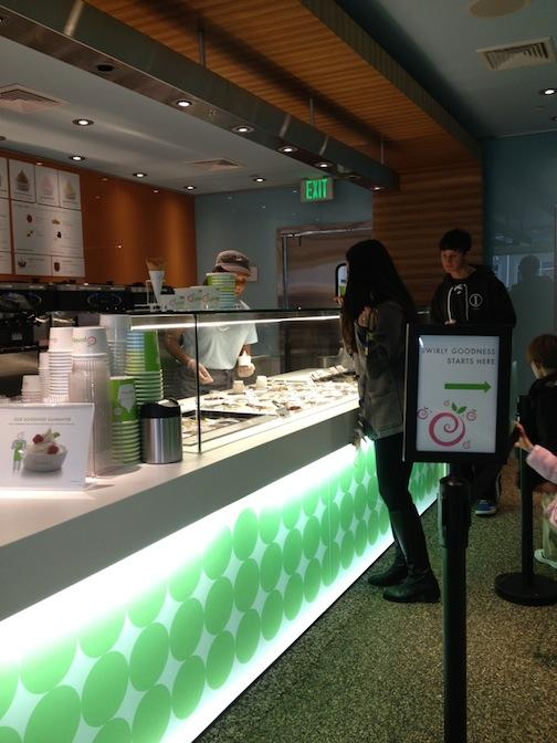 Jan. 29, 2013 | Pinkberry in Winter