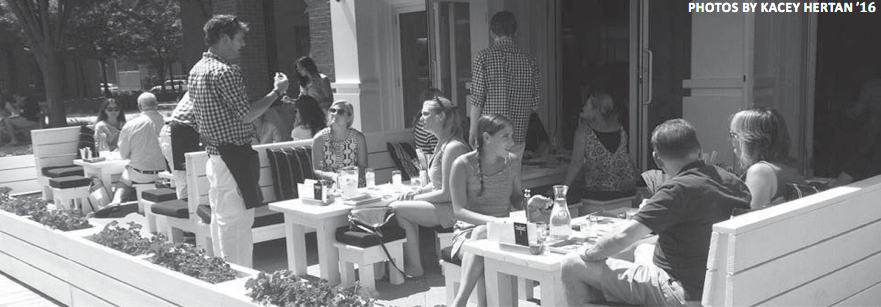 Customers+enjoy+their+lunch+sitting+outside+on+Bartaco%E2%80%99s+patio.+One+of+their+popular+specialties+is+the+Chile+Slaw.