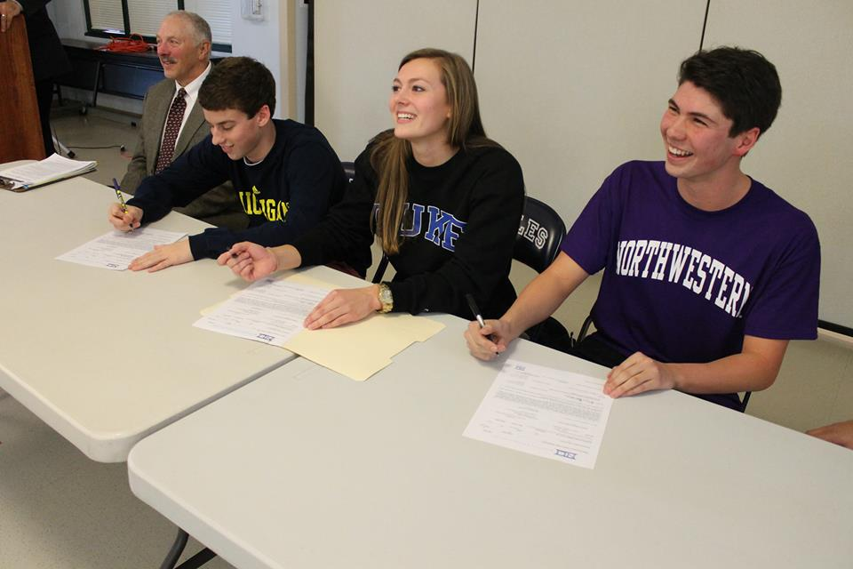 Swimmers sign national letter of intent