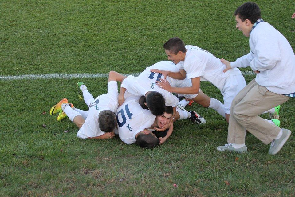 Boy Soccer Beats Norwalk in First Round of States