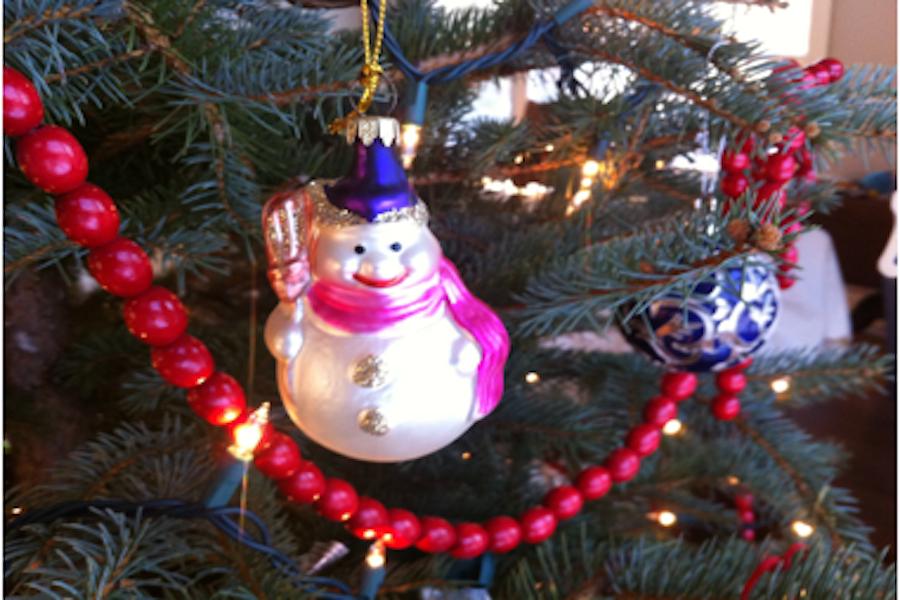 Merry+X-Mas+vs.+Happy+Holidays