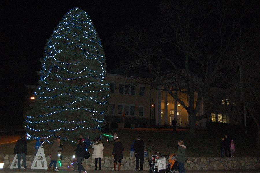 After the crowd from the Christmas Tree Lighting moves over to the Christ and Holy Trinity Church, the tree remains lit standing tall in front of our town hall on Myrtle Avenue in Downtown Westport.