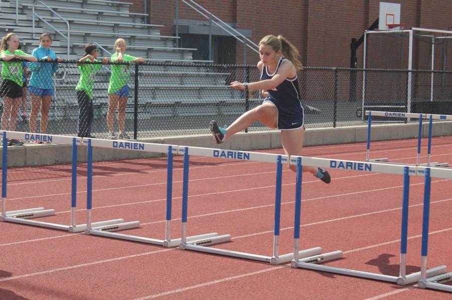 Staples sports sprint towards post-season_Caroline O'Kane '16