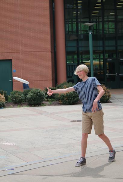 Ultimate Frisbee Makes a comeback