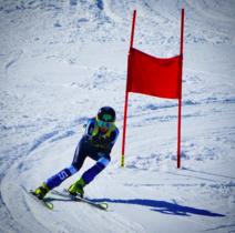 Girls' ski team strives for success in 2016
