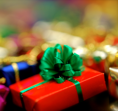 Students share favorite holiday gifts