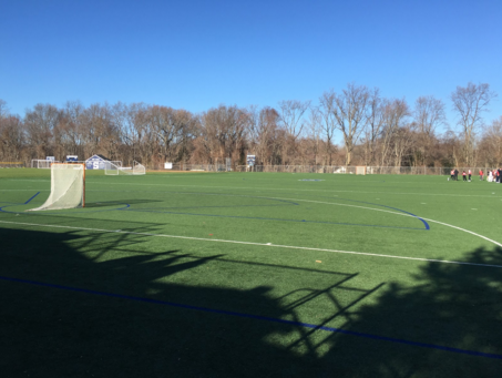 Girls' Lacrosse loses in close match against New Canaan
