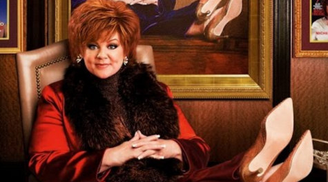 Melissa McCarthy played Michelle Darnell, a wealthy CEO recently released from federal prison due to insider trading.