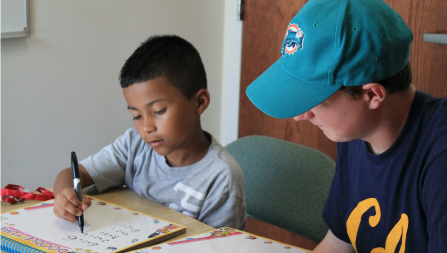 Students Offer to Help Others at the Caroline House