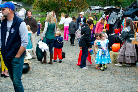 "The United Methodist Church gives back and provides safety with ""Trunk or Treat"""