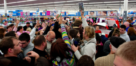 "The ""right"" way to go Black Friday shopping"